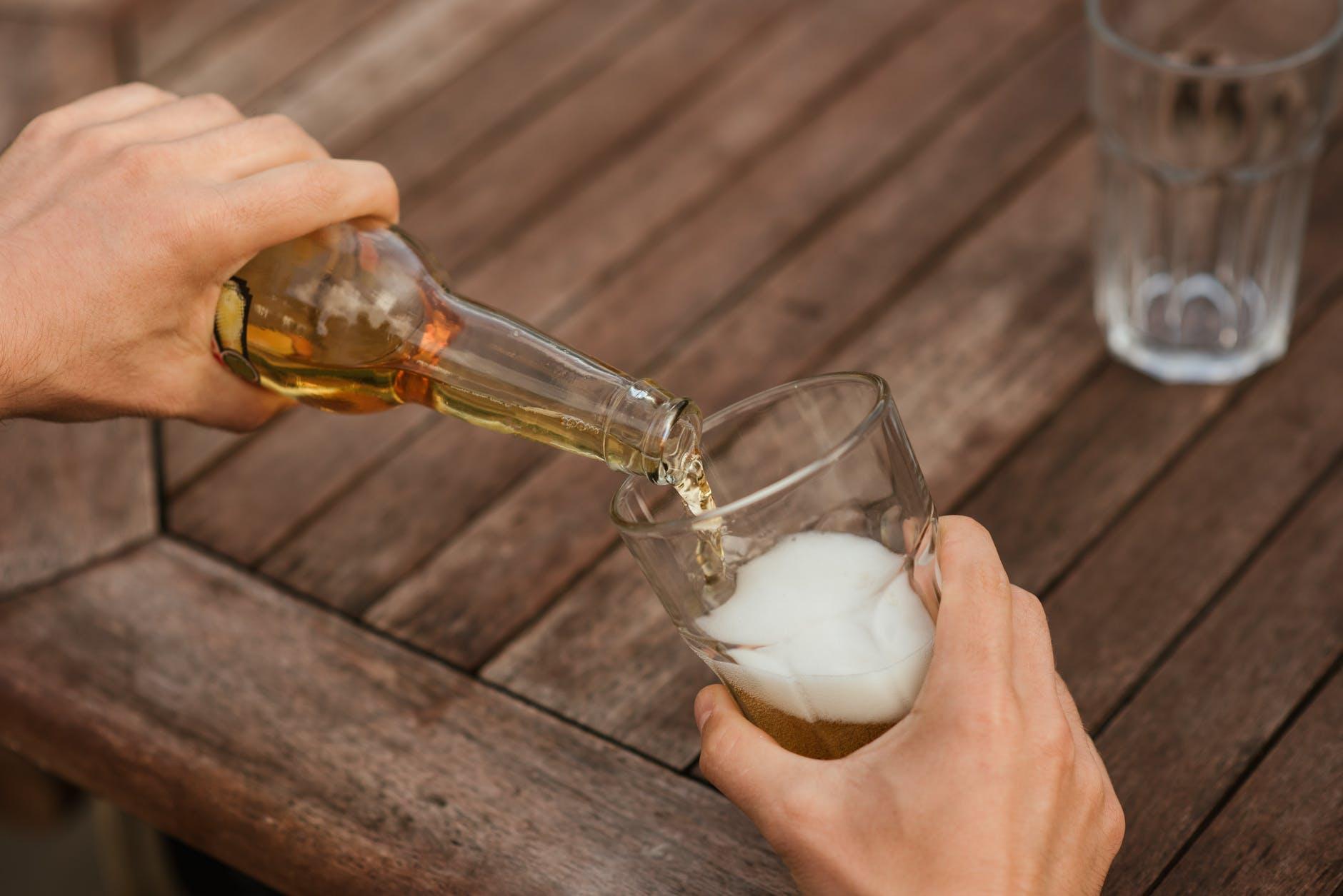 Почему вам стоит отказаться от пива?