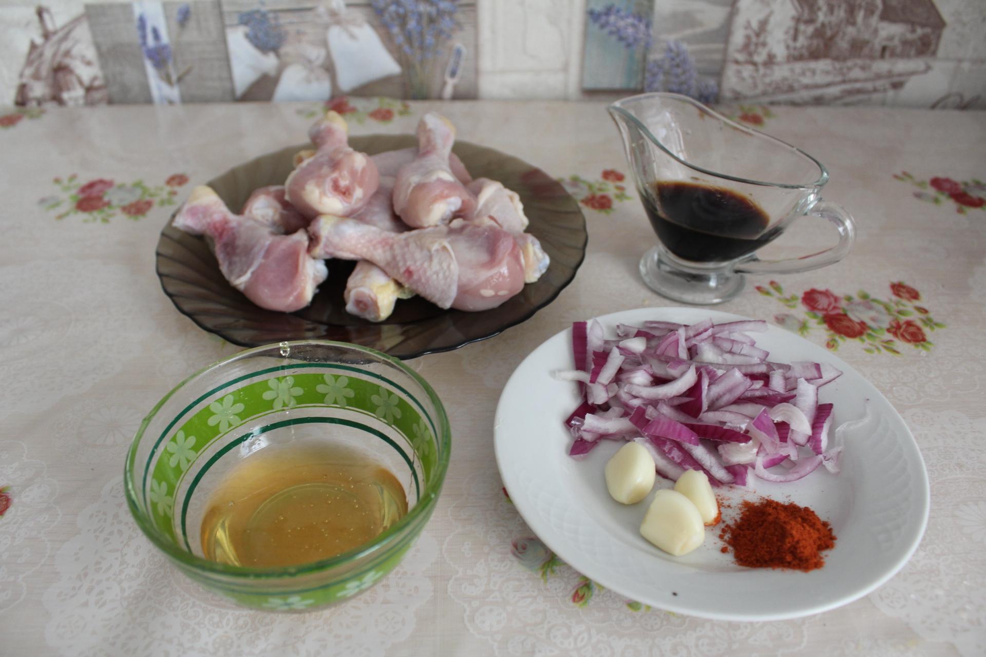 Куриные ножки в чесночно-медовом соусе