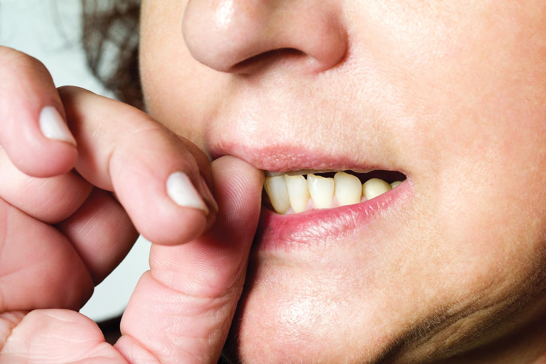 5 вредных привычек, которые отпугивают мужчин