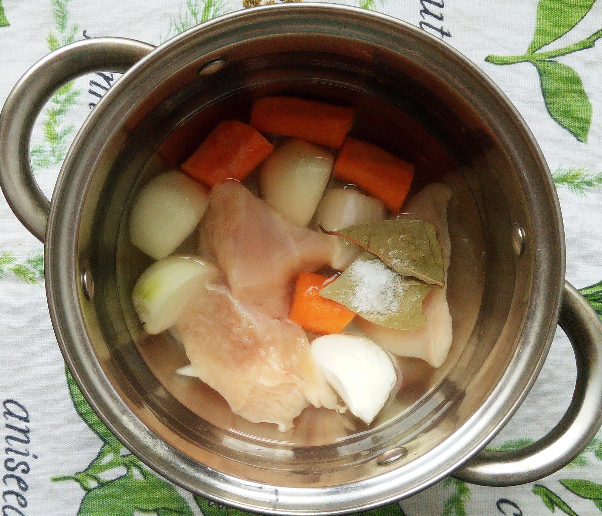 Пошаговый рецепт приготовления морковно-куриного паштета с сыром и яблоком