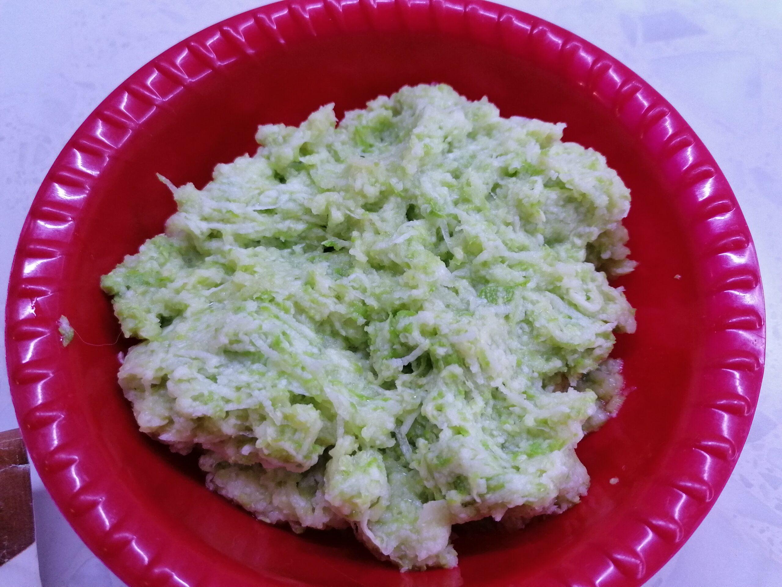 Оладьи из кабачков с картошкой жареные на сковороде
