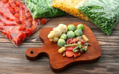 Какие ягоды и овощи, которые обязательно надо заморозить для зимы!