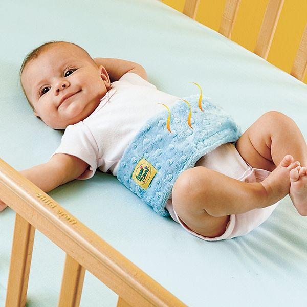 Что делать, если малыша мучают колики?