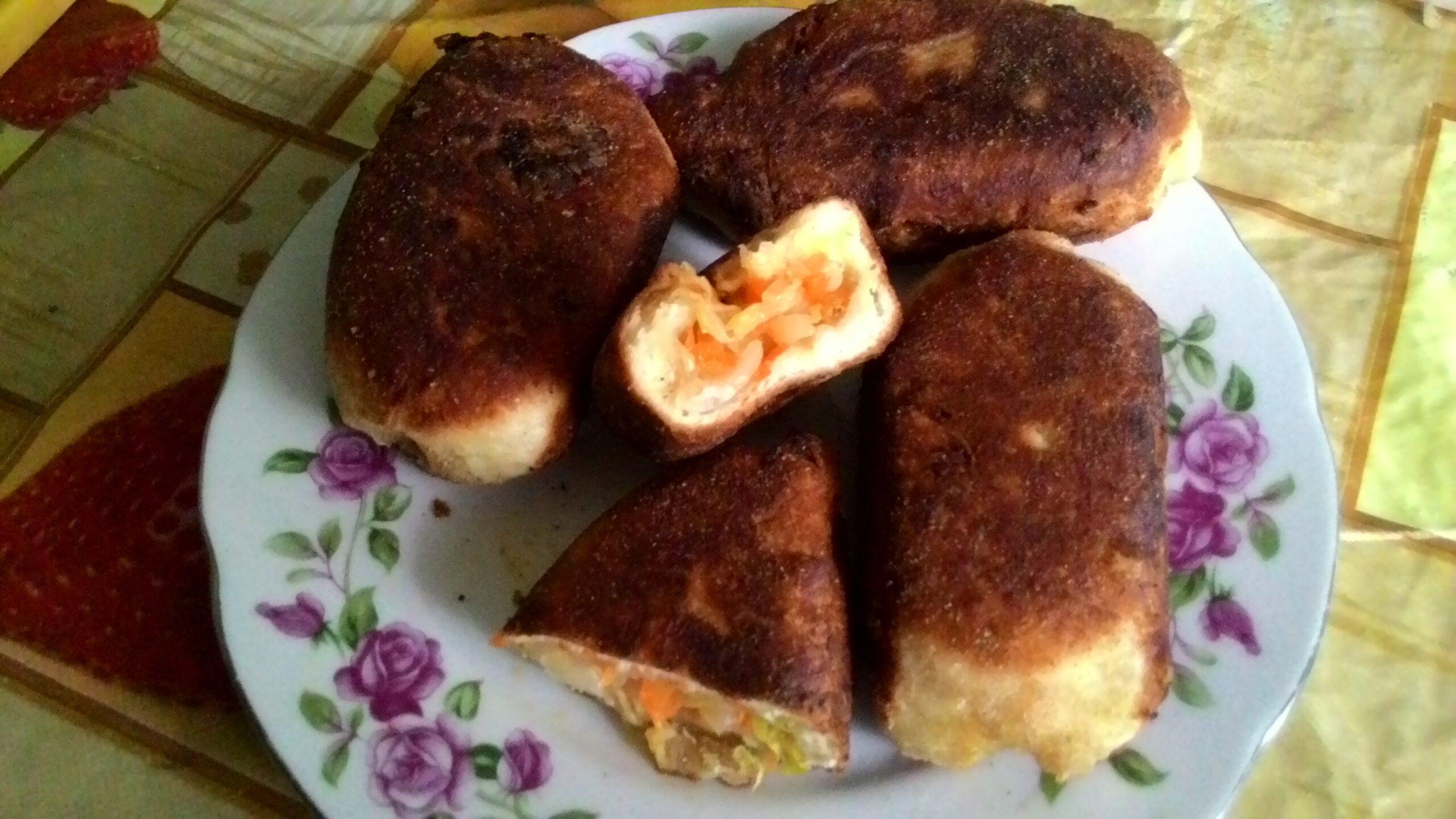 Пирожки с капустой из дрожжевого теста за 30 минут