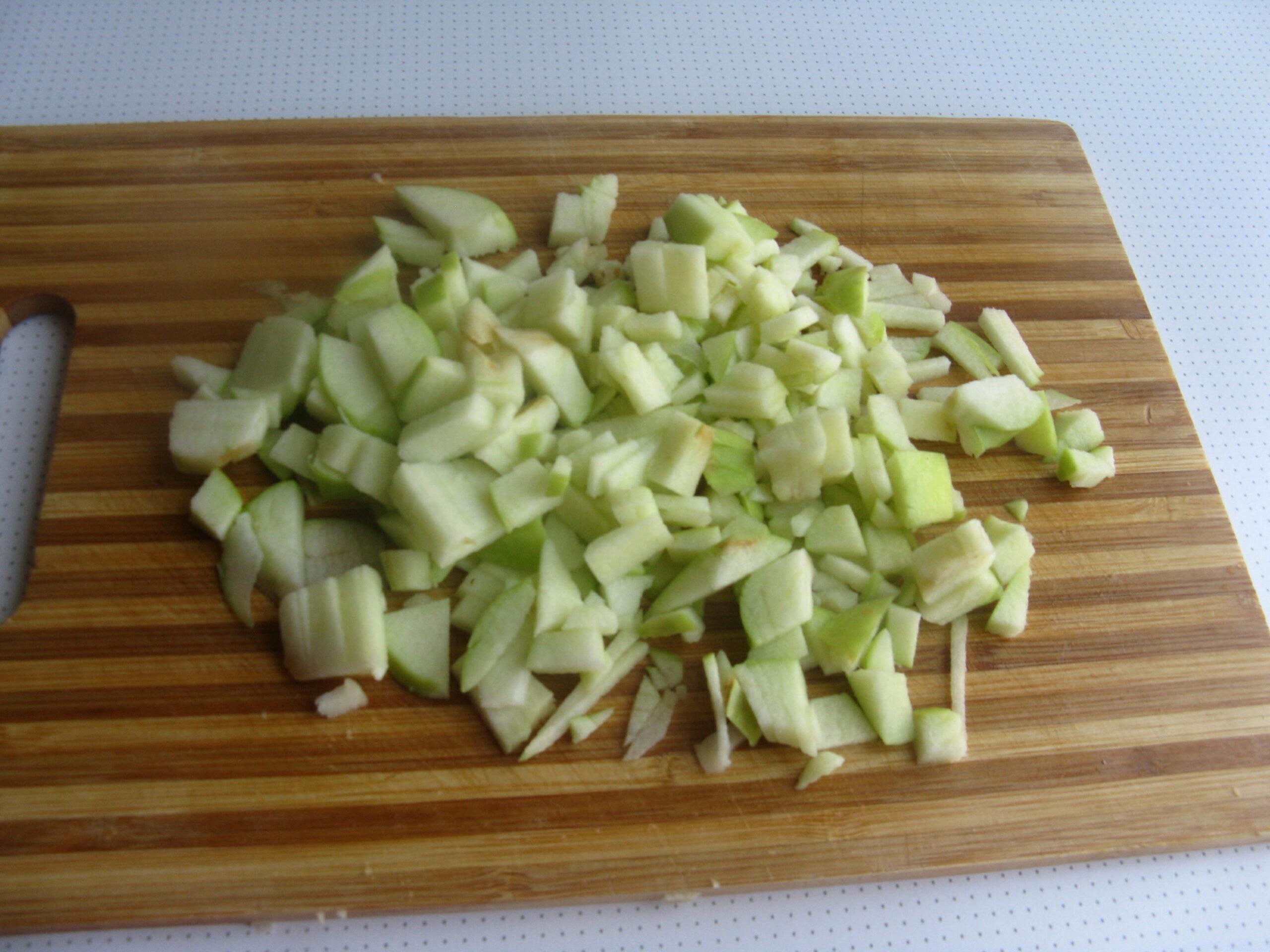 Свиные ребрышки с рисом и яблоком