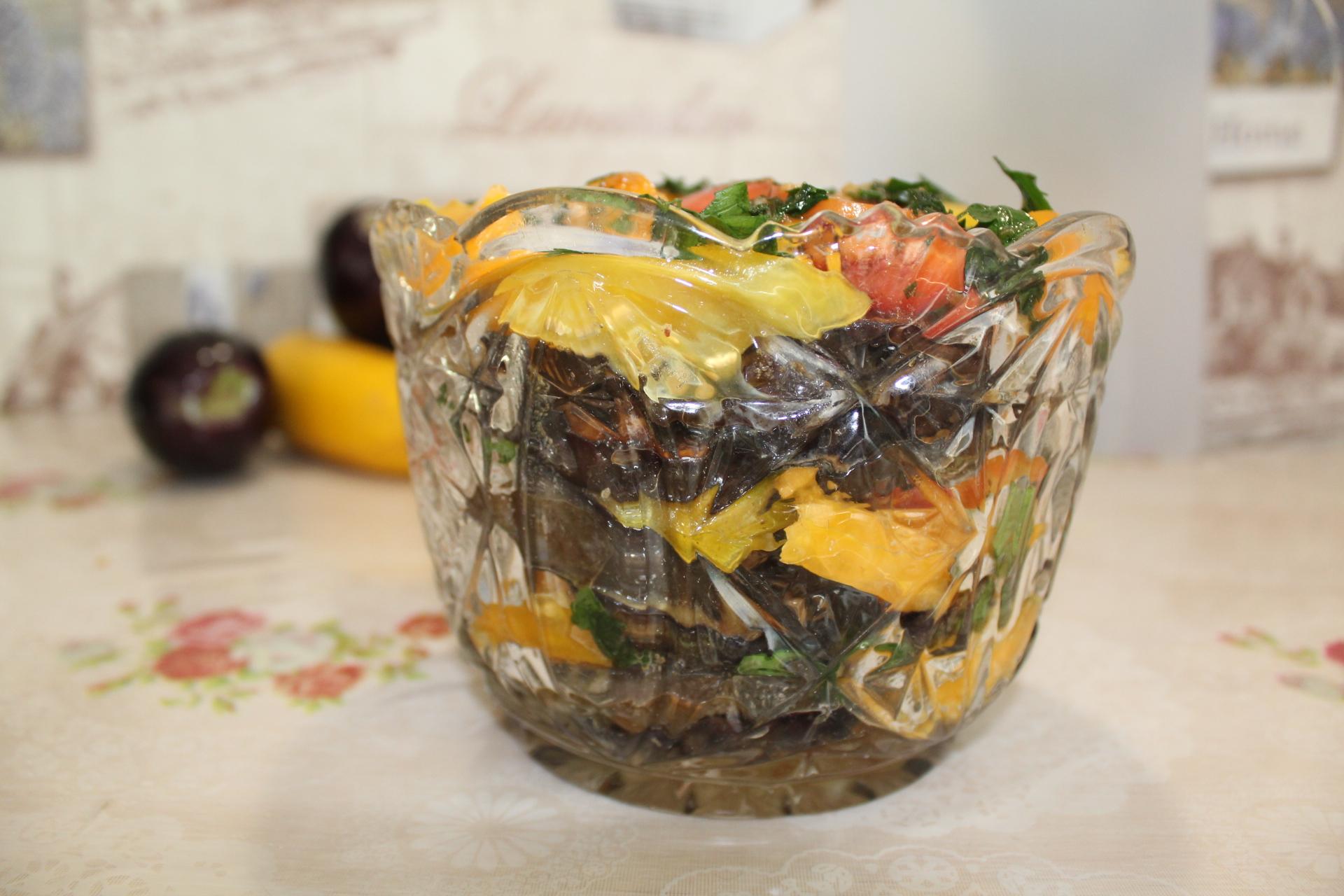 Пошаговое приготовление салата с баклажанами и помидорами