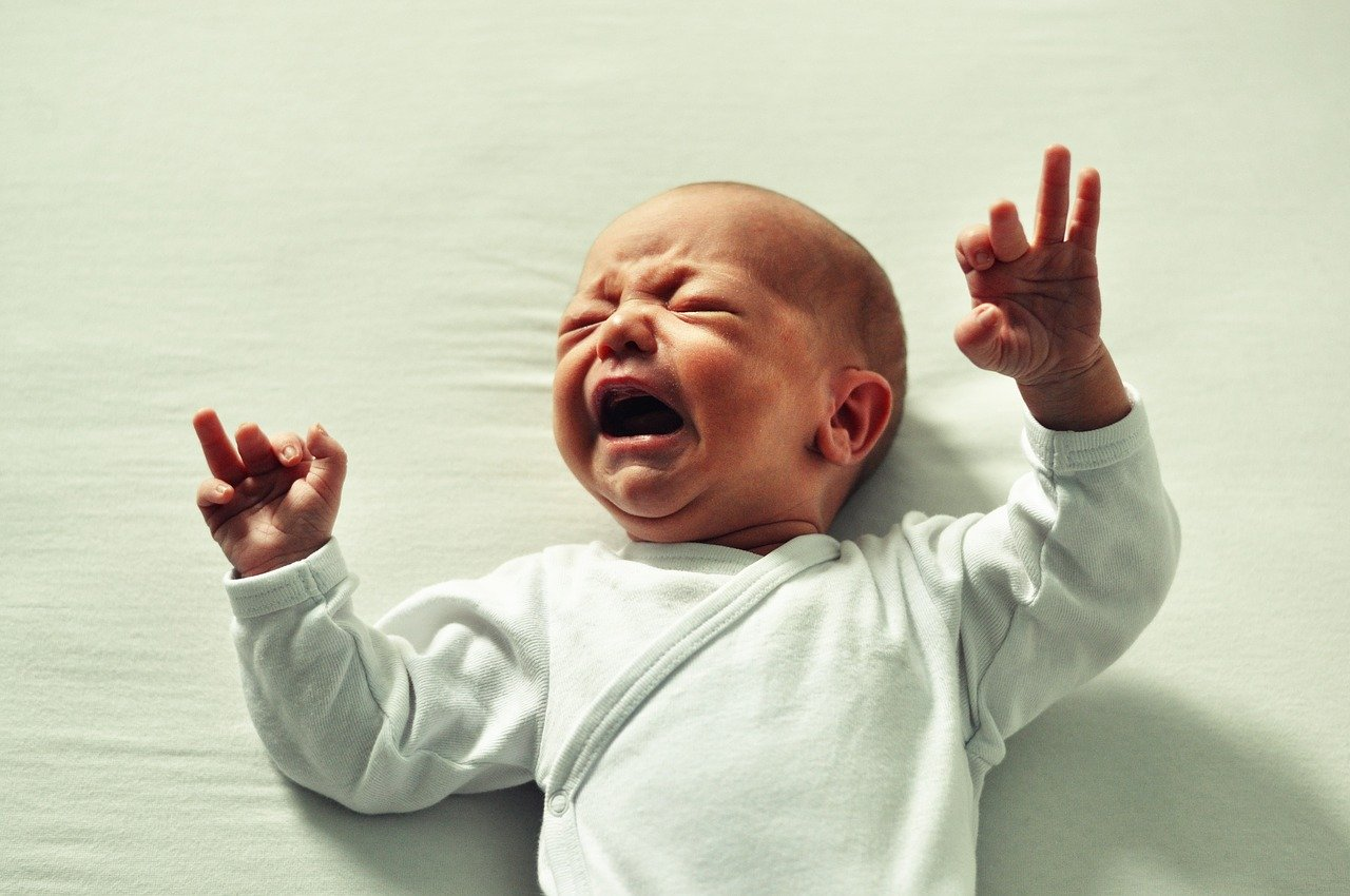 Что делать, если вы не справляетесь с плачем ребенка?