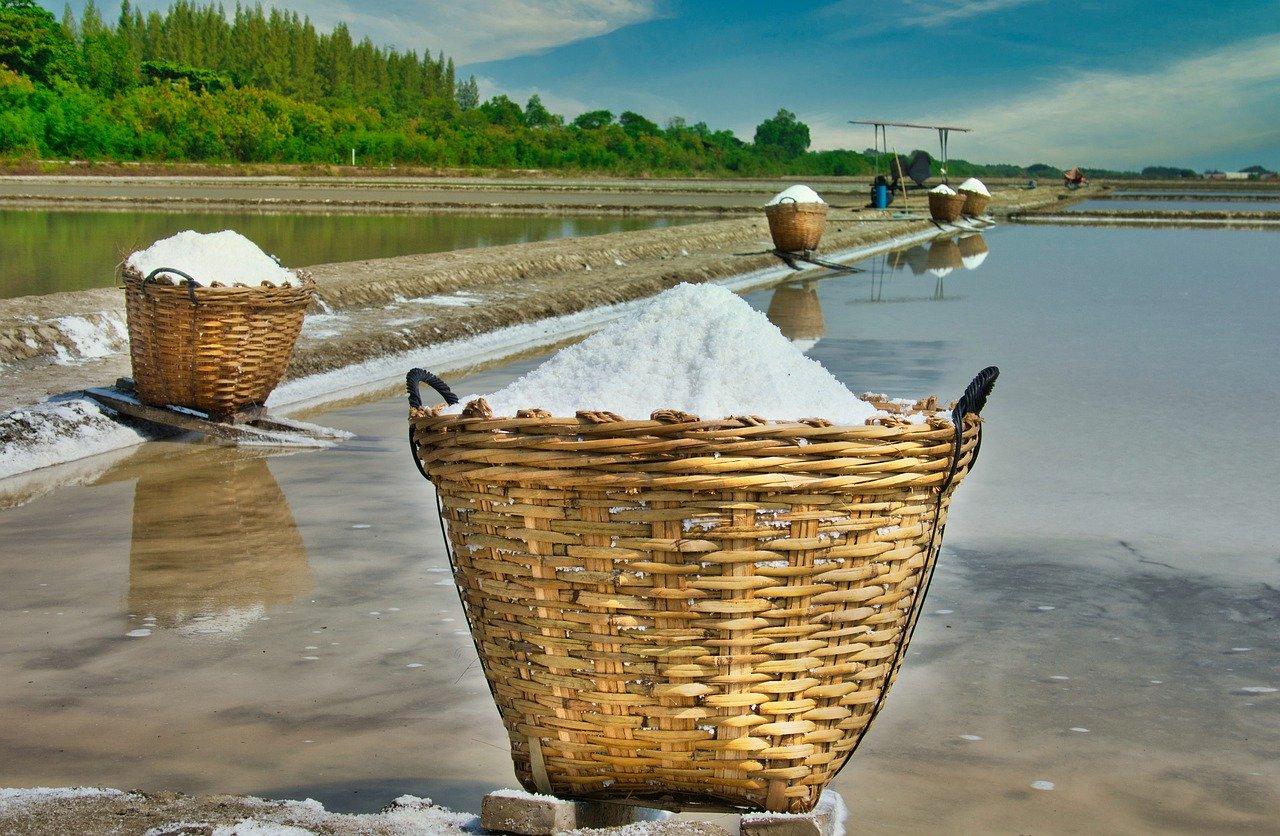 Морская соль для волос – свойства и применение. Сделай кудри
