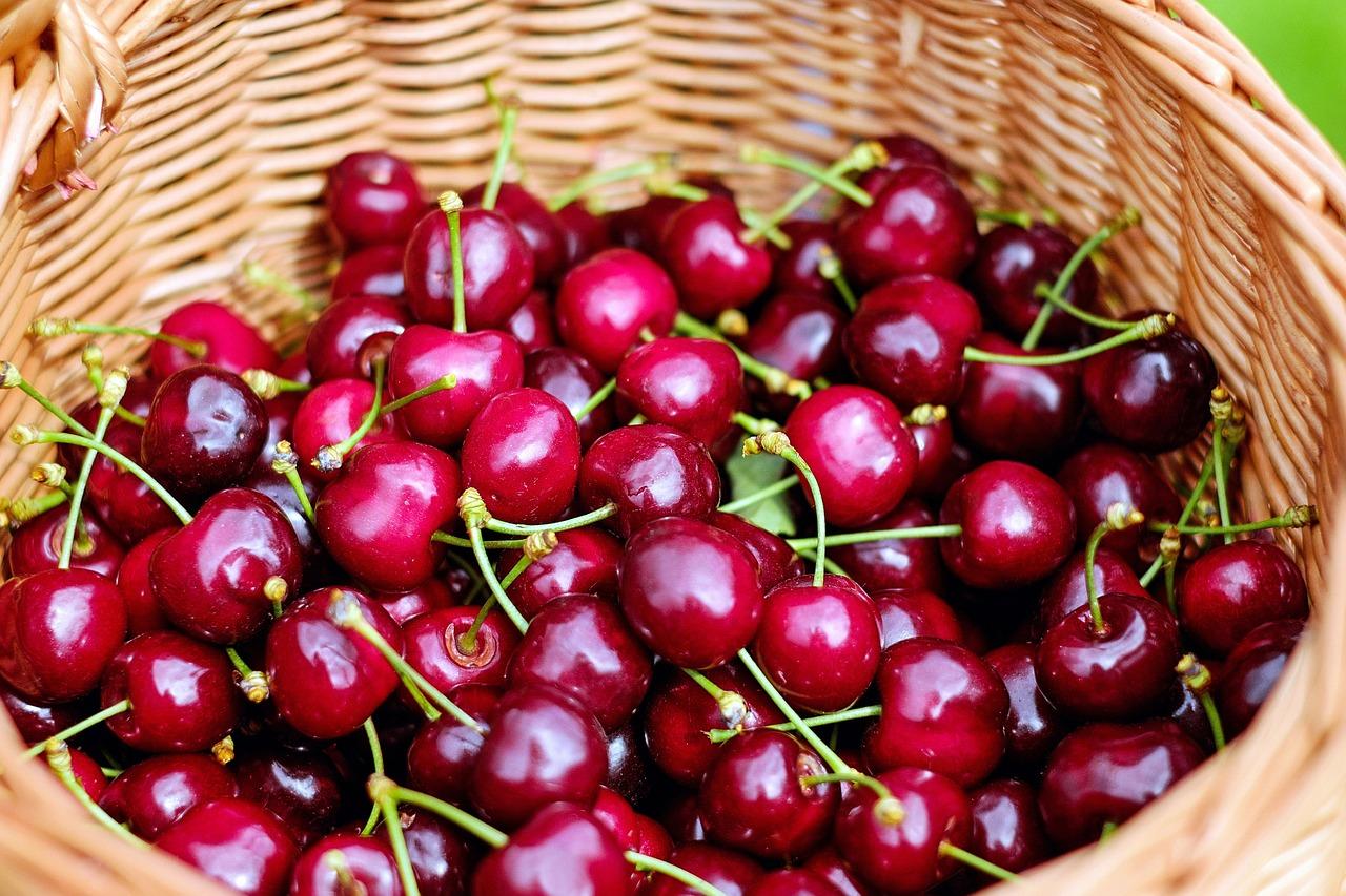 Витаминизируйся! 6 эффективных масок для лица из ягод