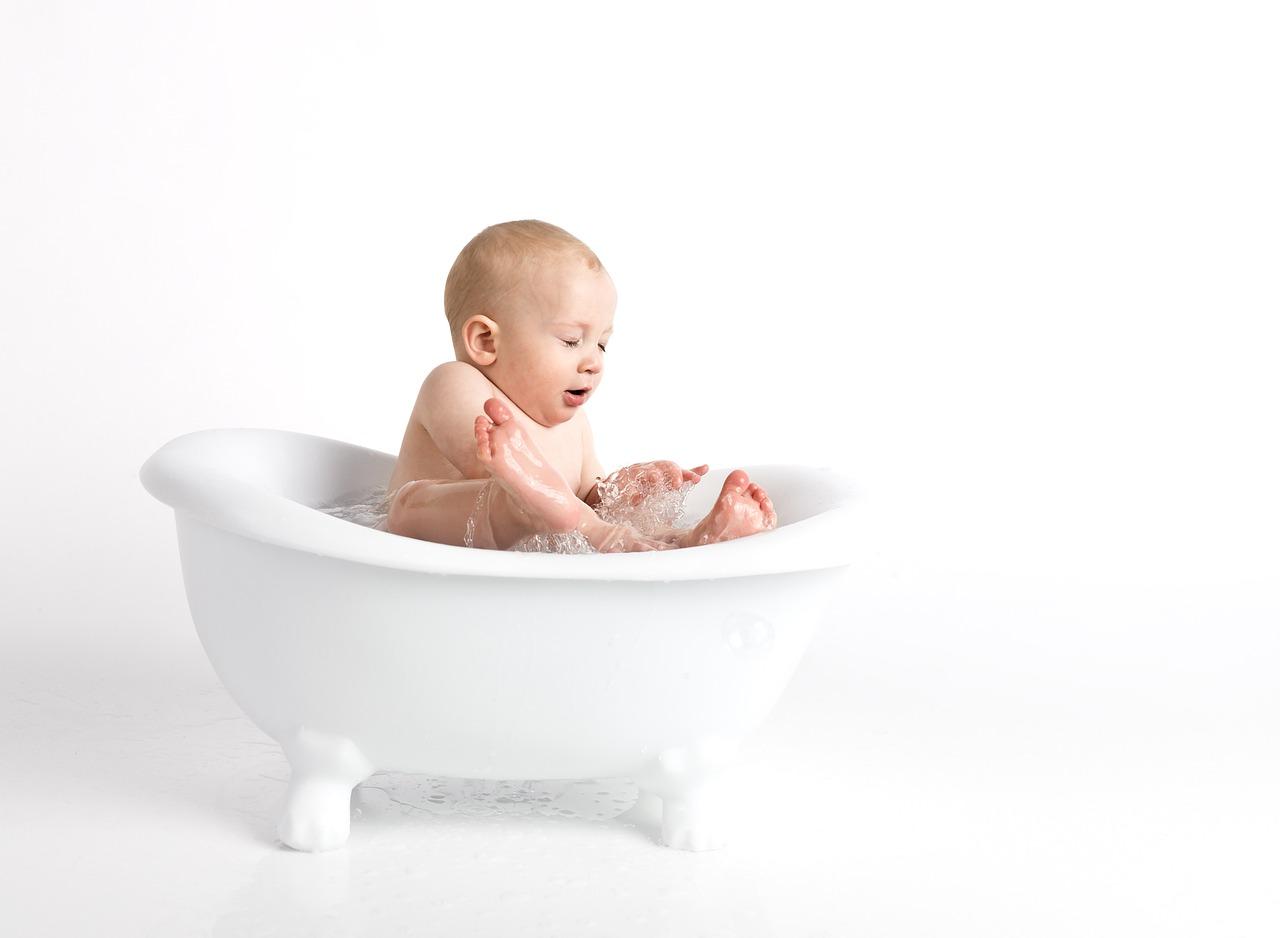 Как часто купать новорожденного?