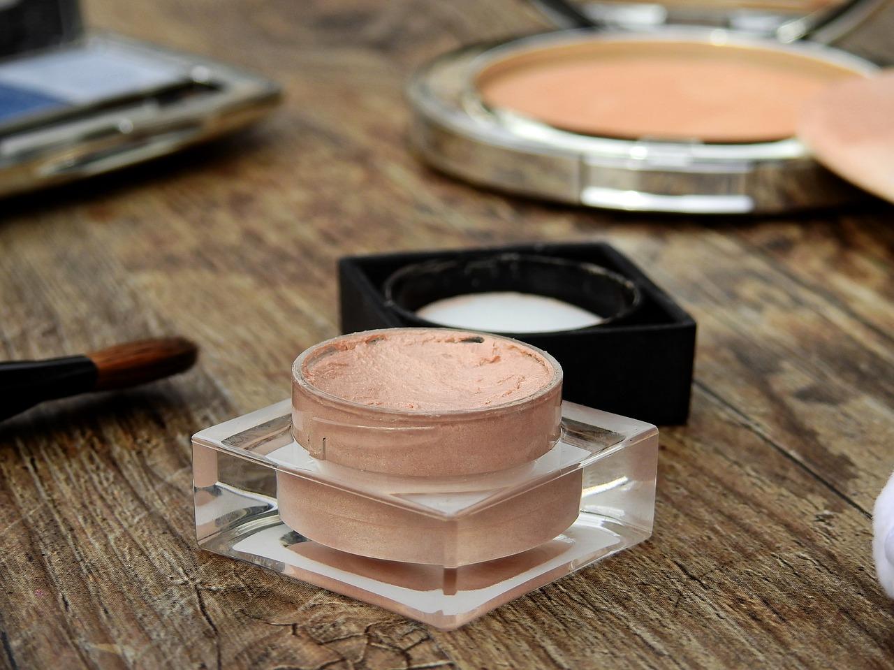 Ошибки, которые допускают при нанесении тонального крема