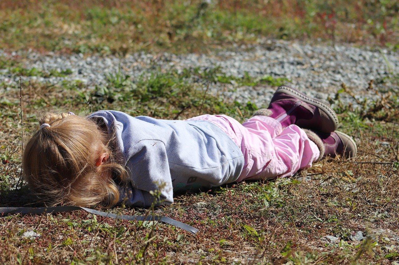 Истерика у ребенка. Причины и как с ней справляться