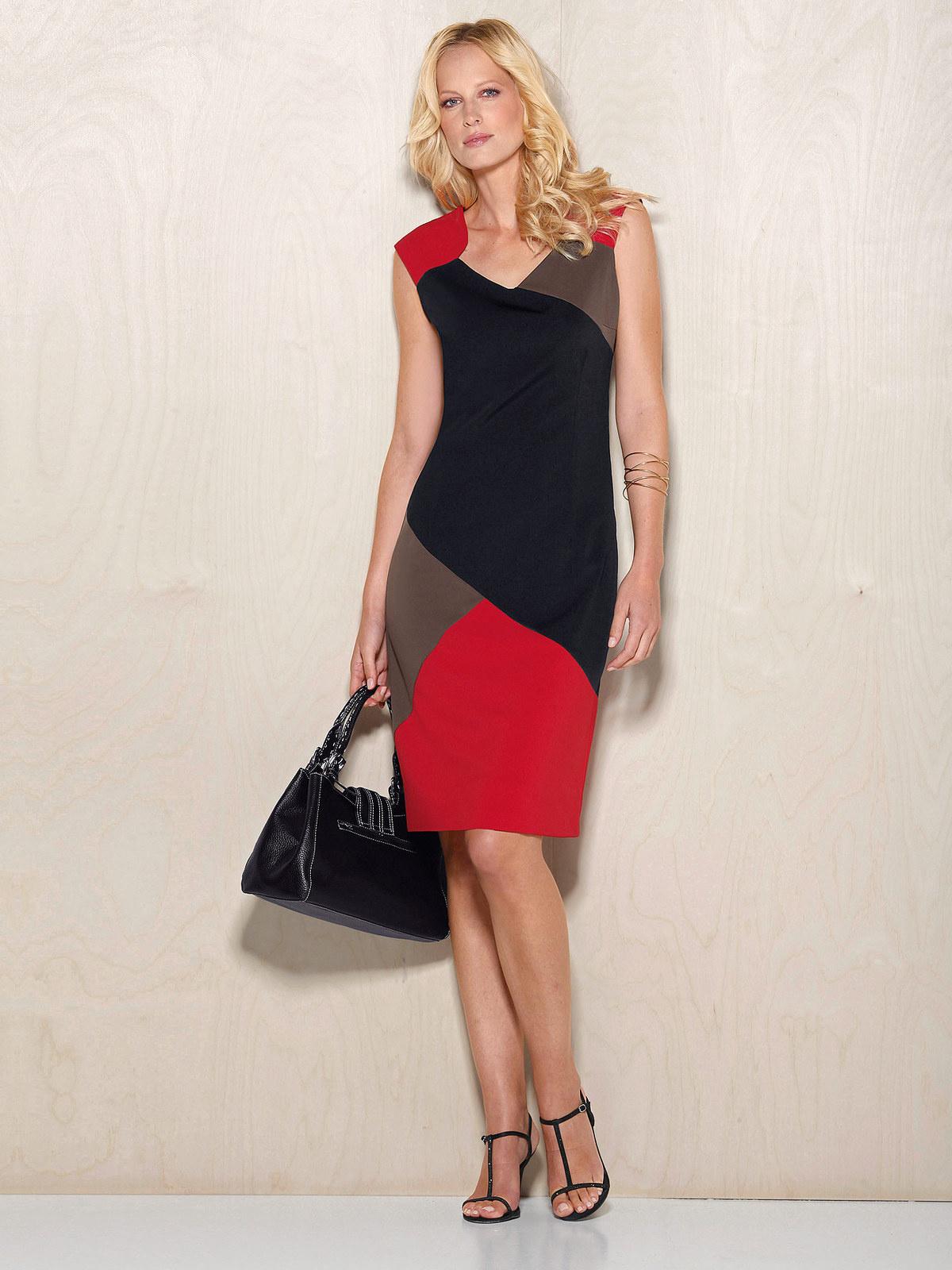 Как выбрать платье для женщины за сорок