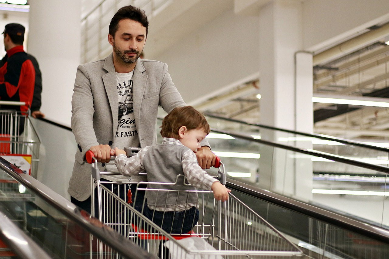7 советов родителям, которые хотят научить ребенка самостоятельно ходить в магазин