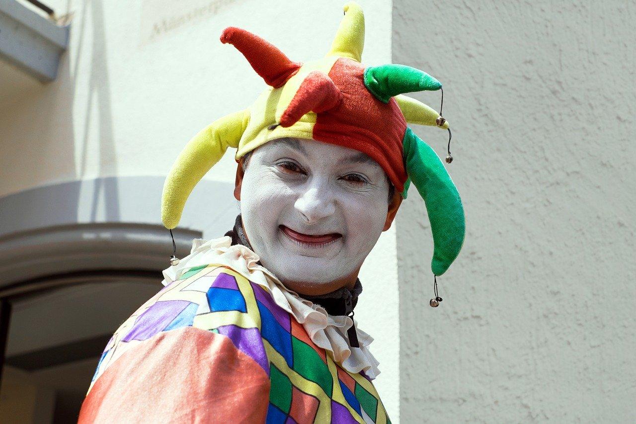 Клоун на детский день рождения: звать или не звать?
