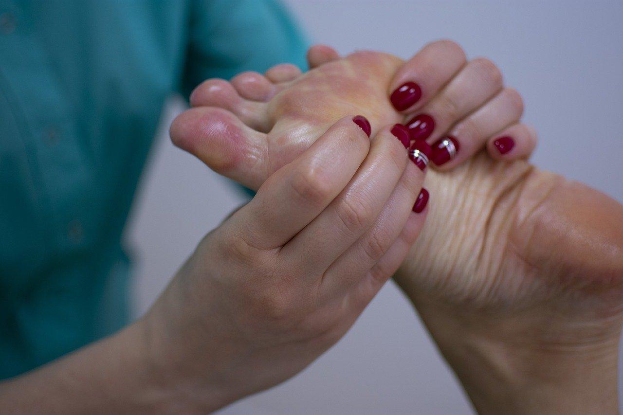 Ножки как с обложки. Что нужно знать про варикоз вен на ногах?