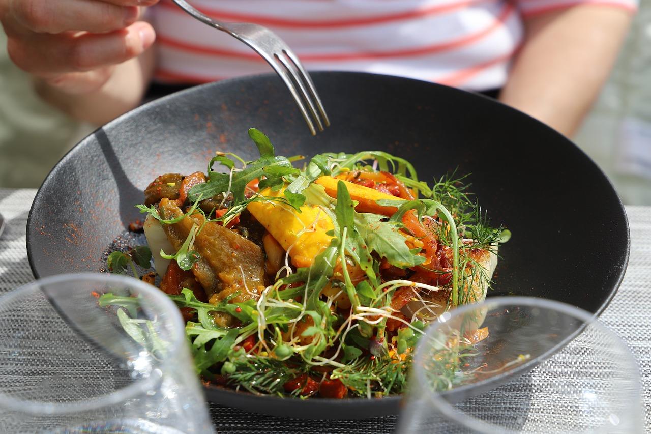 Как не перебрать с калориями в ресторане?