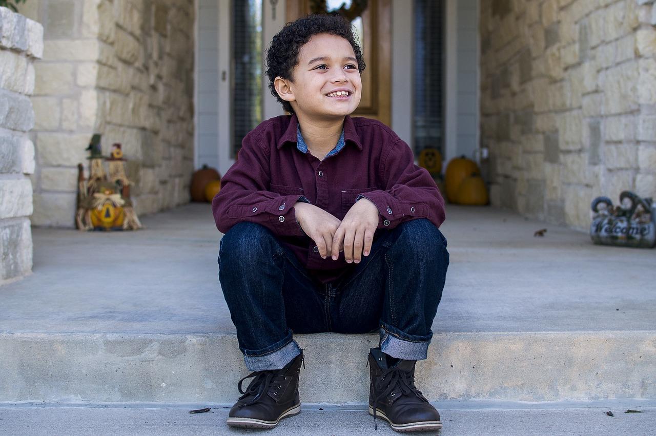 Как выбрать джинсы для мальчика. Важные моменты и тонкости